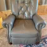 Picture of tufted leather chair changed from green to slate grey with Rub n Restore