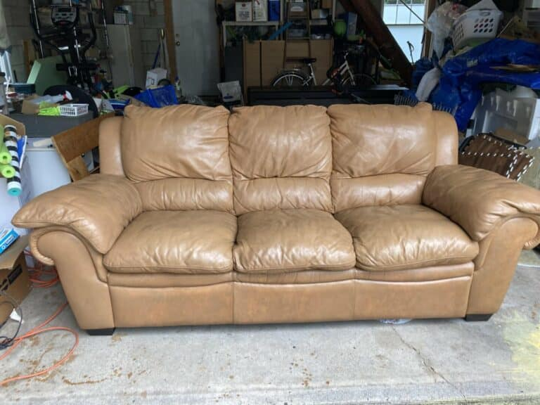 Picture of Natuzzi leather couch refinished with Rub n Restore honey tan color