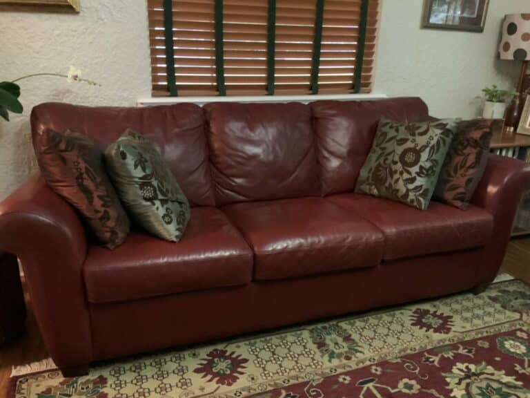 Picture of leather sofa after Wine Rub n Restore