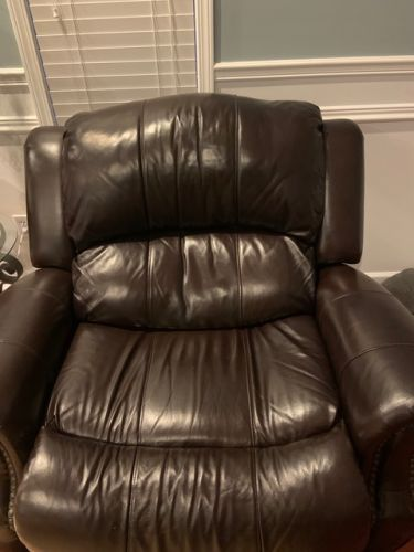 Picture of leather recliner after yellow head spot corrected with Rub n Restore