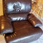 Picture of blue leather recliner chair after Mahogany brown Rub n Restore