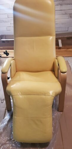 Picture of European leather reclining chair after yellow Rub n Restore